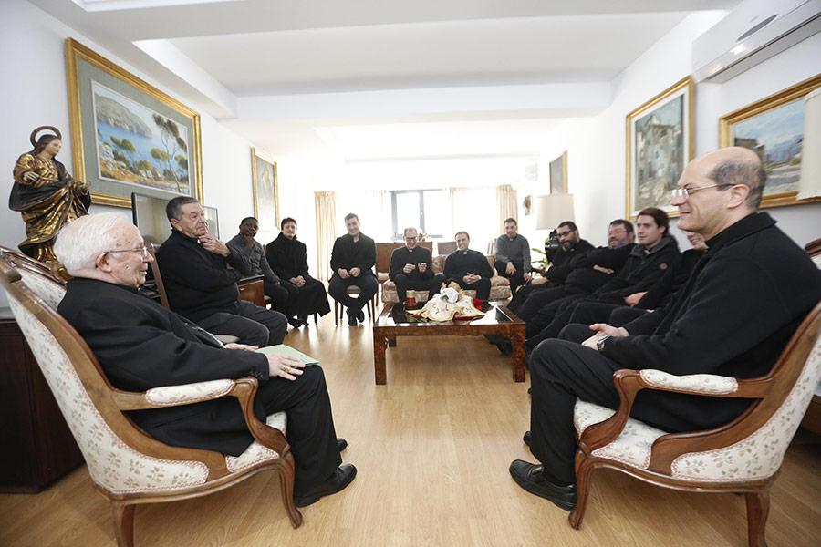 sacerdotes-cardenal-convictorio